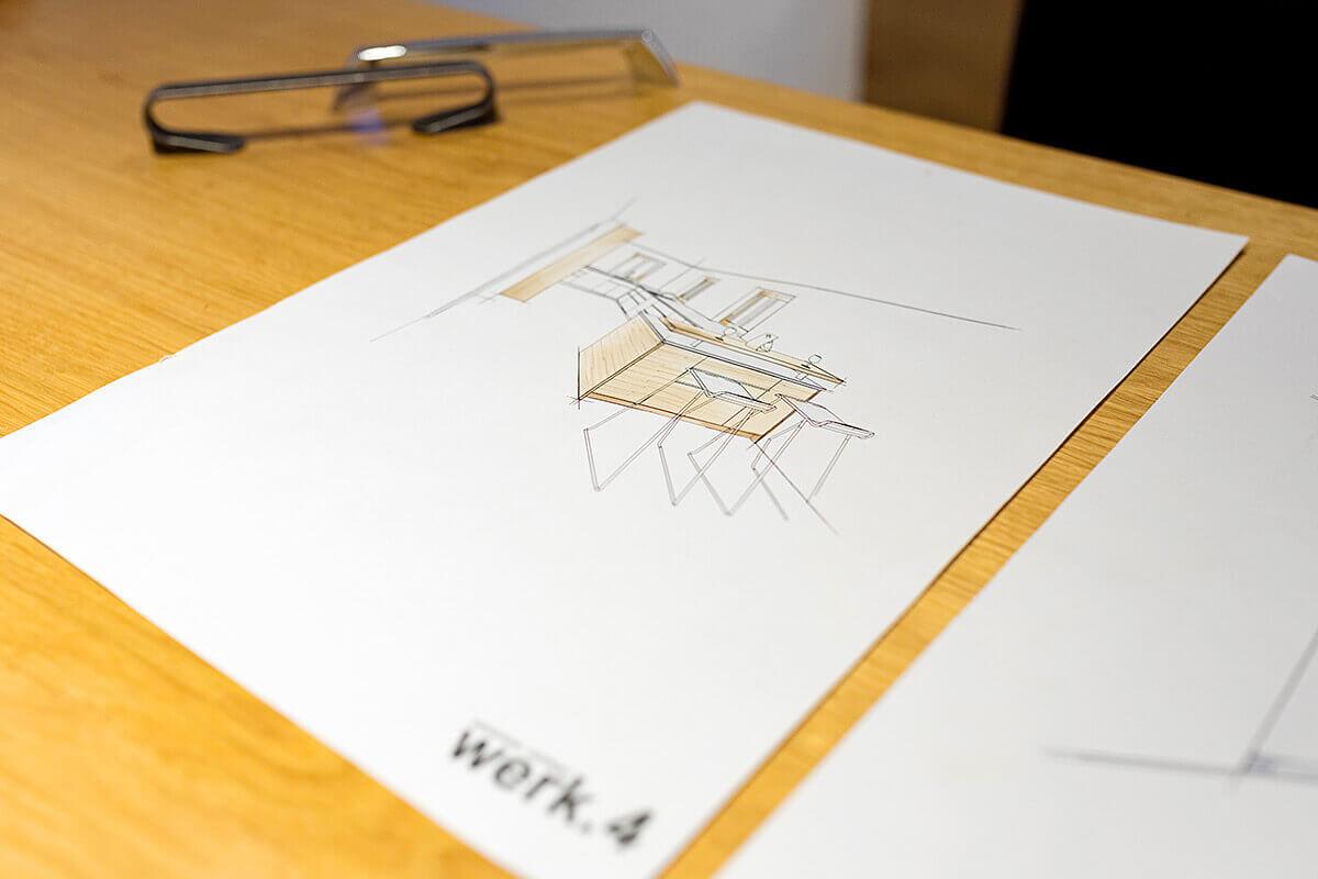 Die Schreinerei Vierlinger fertigt Entwurfsskizzen Ihrer Küche an.